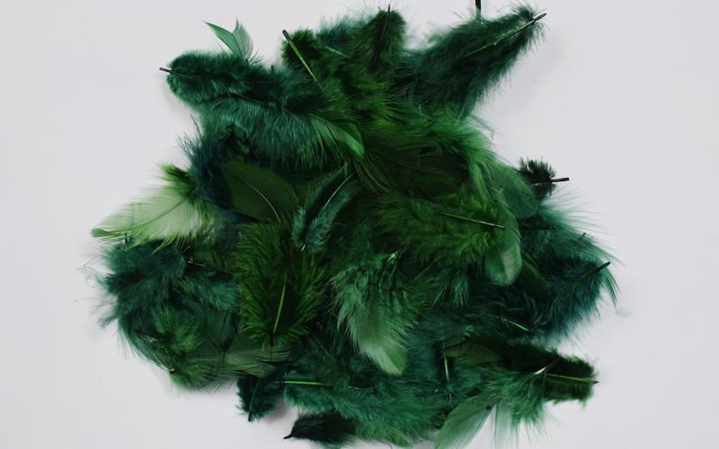 Декоративни пера - 12 гр.- тъмно зелено