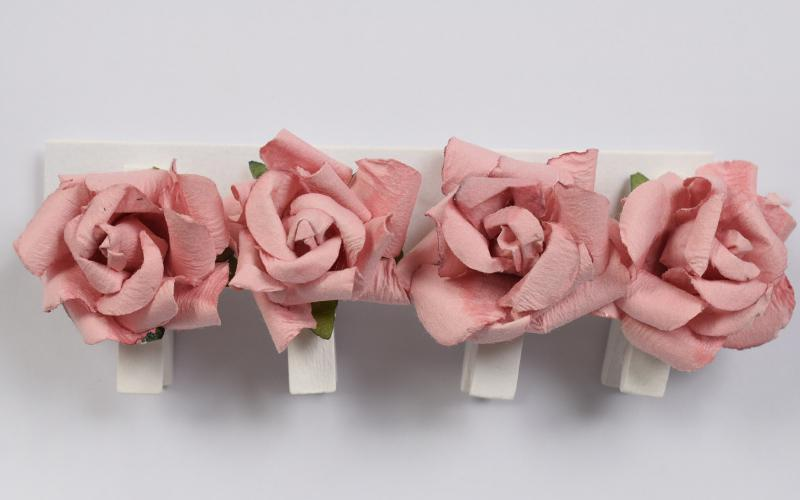 Декоративни  щипки с рози -  4 бр.- тъмно розово