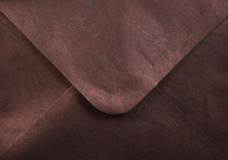 Луксозен плик за покана или пари - тъмно лилав - 10бр