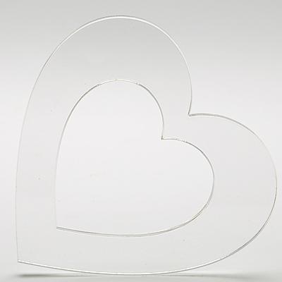 Плексигласово сърце - контур-10х10,5 см