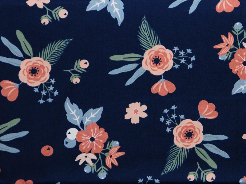 Памучен  плат Poplin цветя на тъмно син фон 50 х 50 см