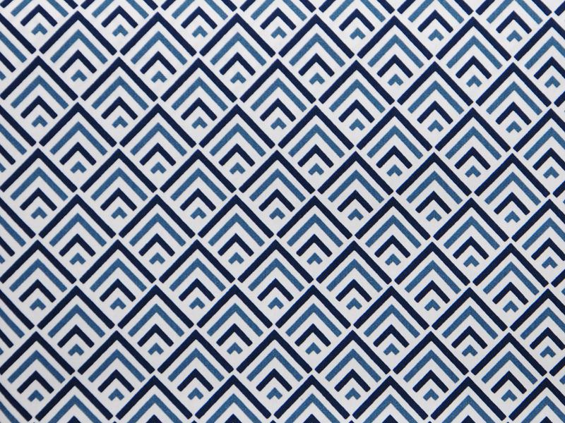 Памучен  плат Poplin сини орнаменти на бял фон 50 х 50 см
